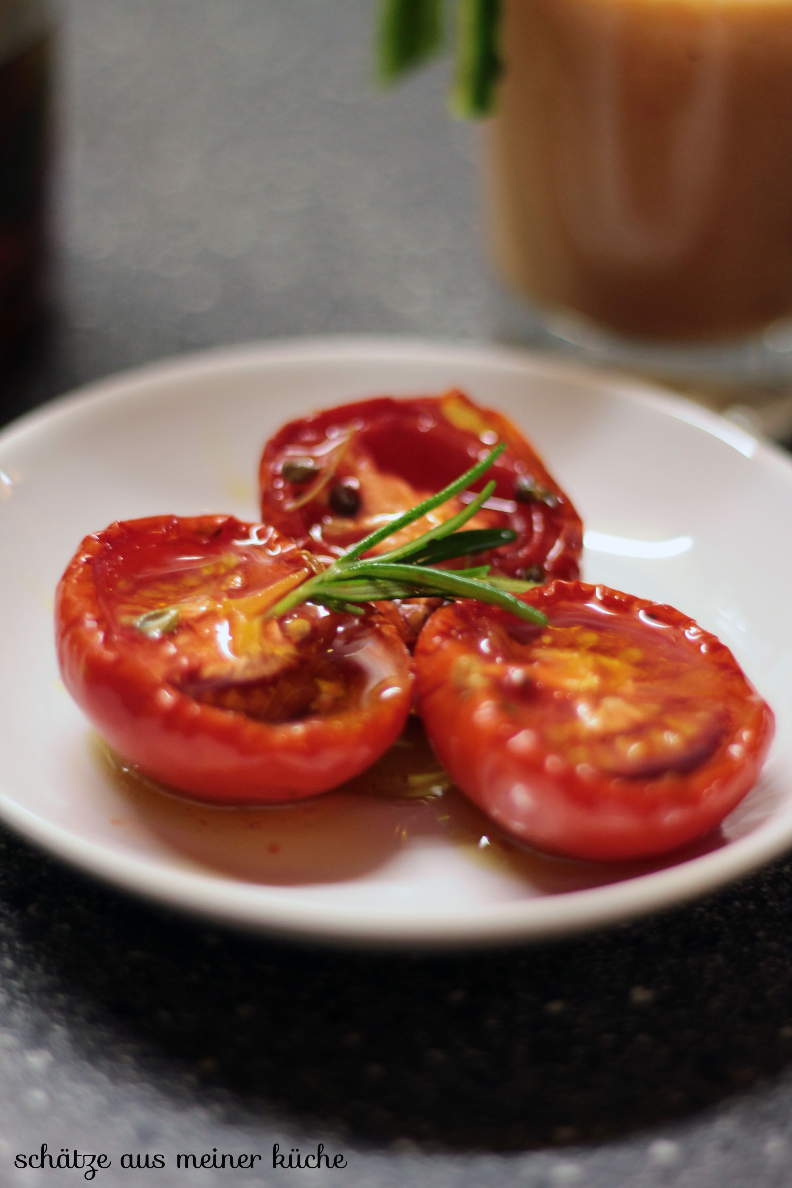 Halbgetrocknete Tomaten