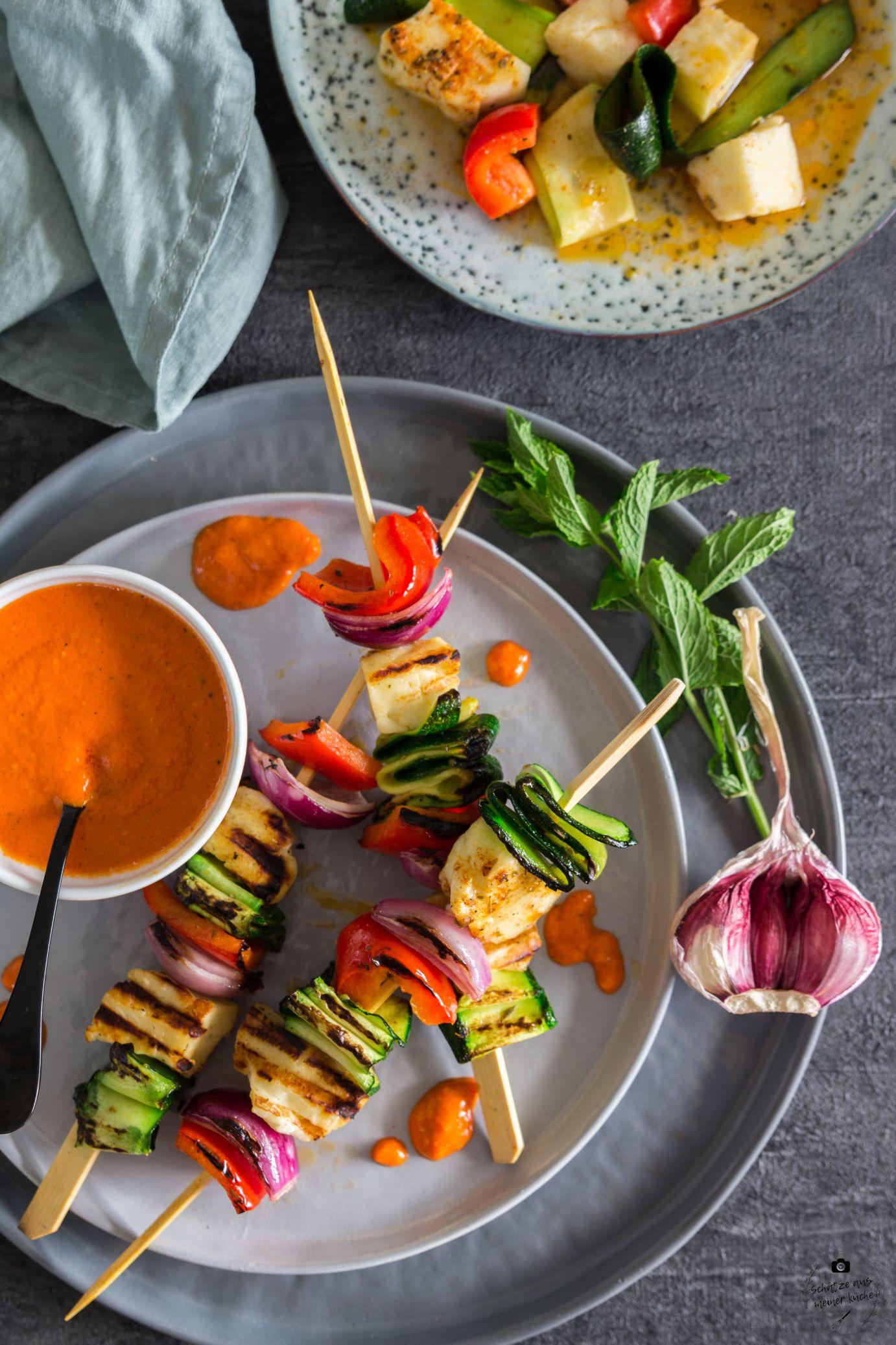 Gegrillte Halloumi-Spieße mit Gemüse und Kokosöl-Marinade Schätze aus meiner Küche