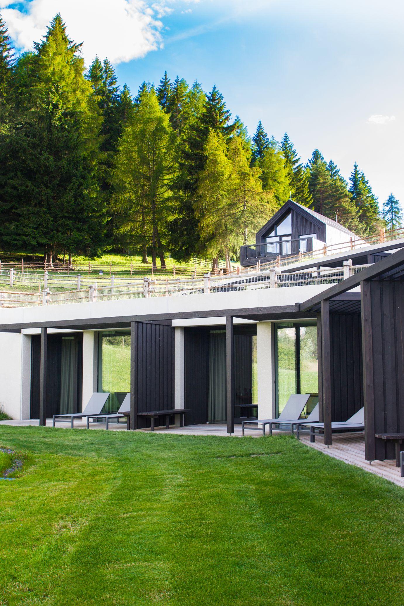Hotel Pfösl Schätze aus meiner Küche Terrasse Waldchalets