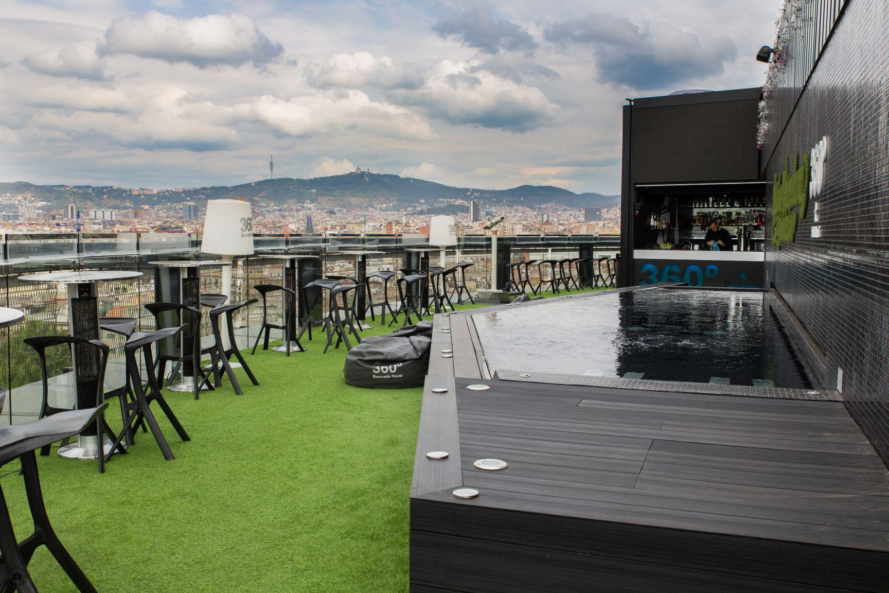 Barceló Raval Barcelona Schätze aus meiner Küche Rooftop Bar Cocktail Pool