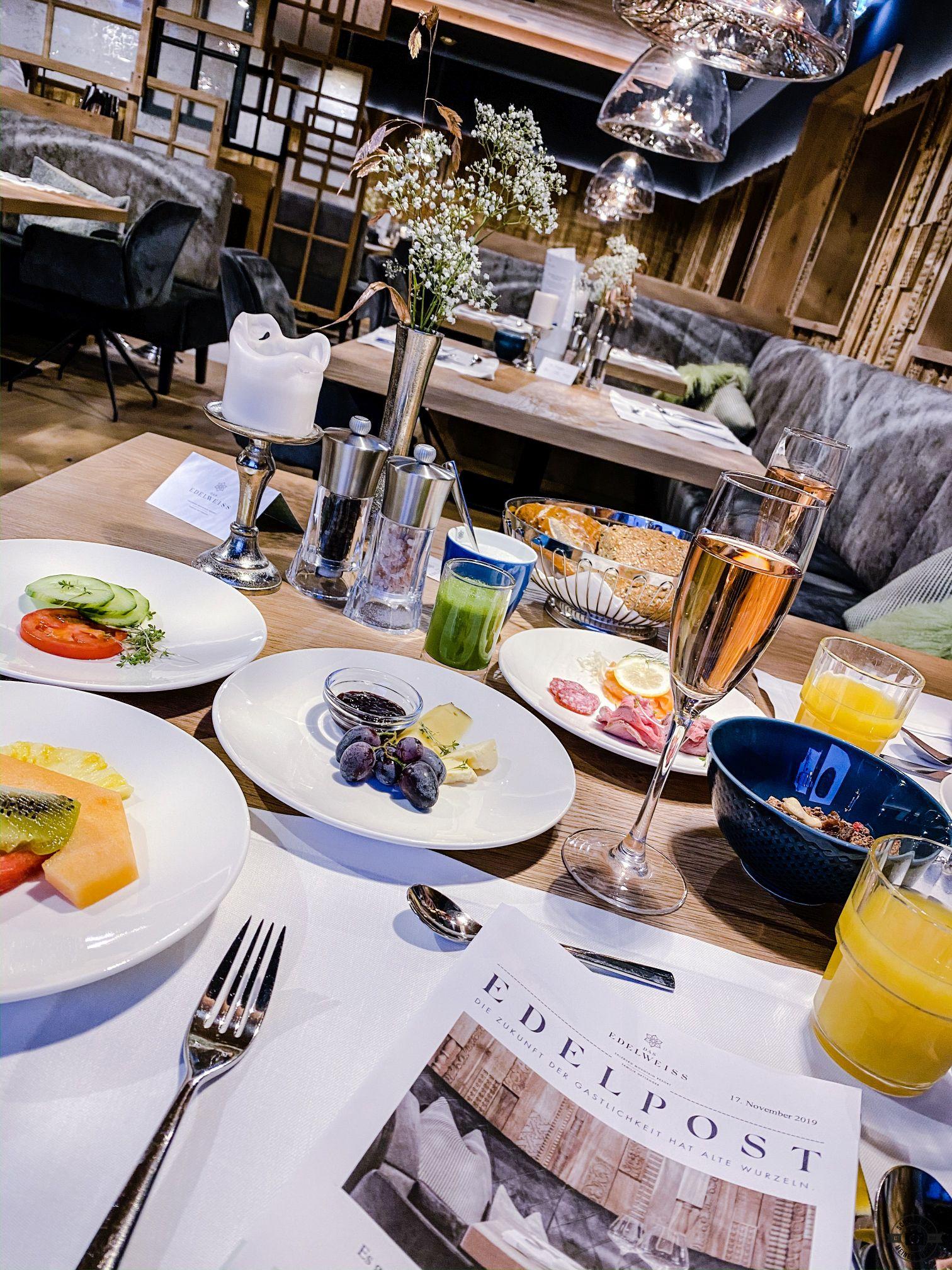 Das EDELWEISS Salzburg Mountain Resort Schätze aus meiner Küche Frühstück